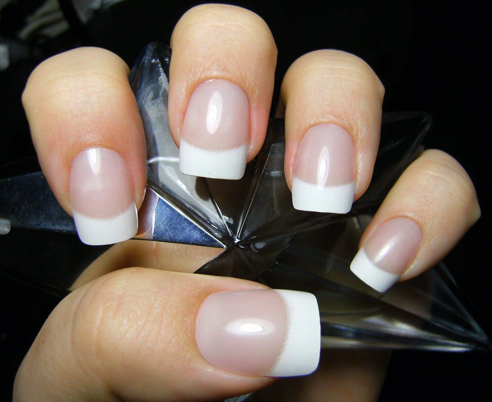Deez Nailz: ♥ Nailene \'So Natural - chip proof\' nails♥
