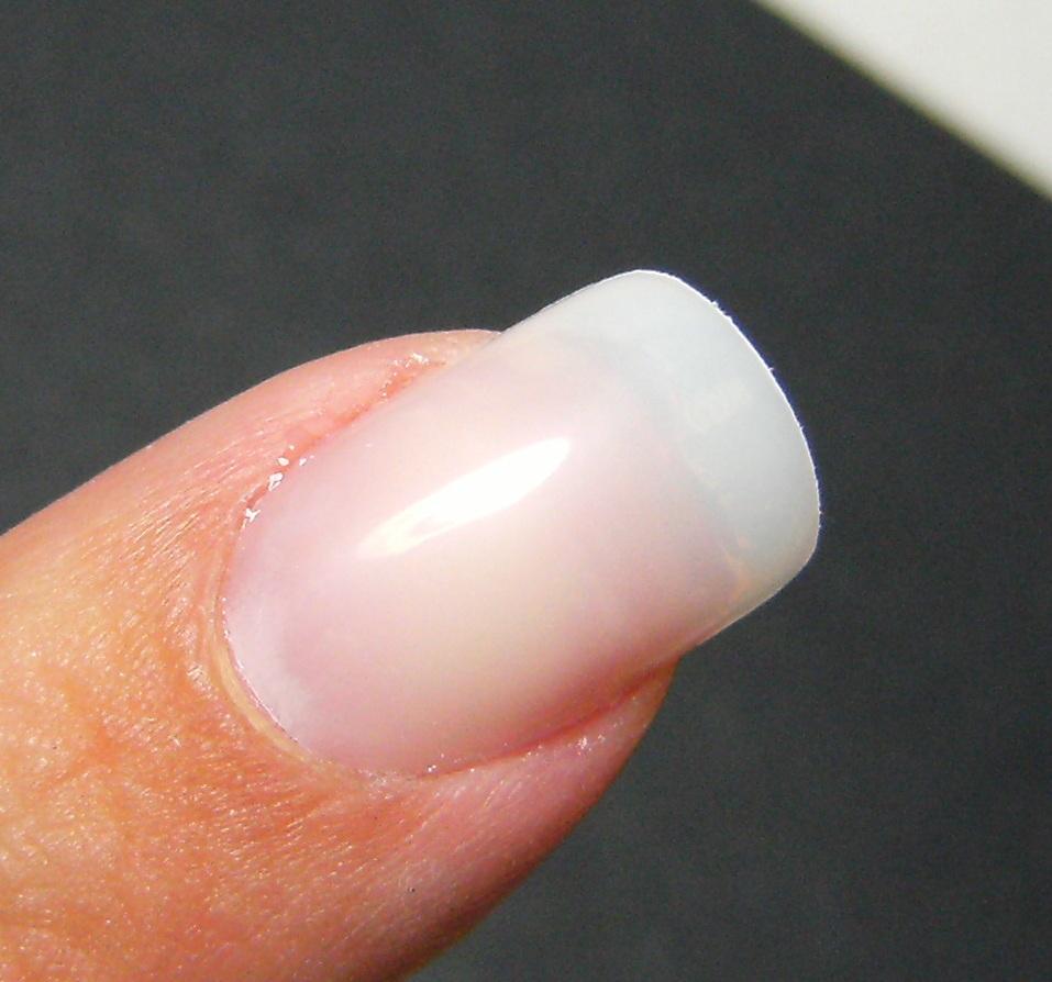 Deez Nailz: ♥ Paintable False Nails -