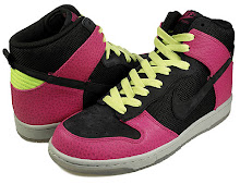 Nike Dunk High Supreme Spark Pink