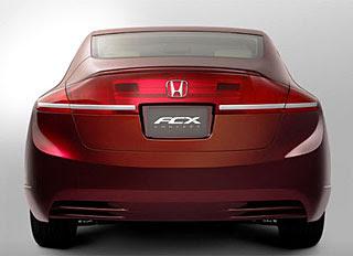Honda displayed its FCX concept 4