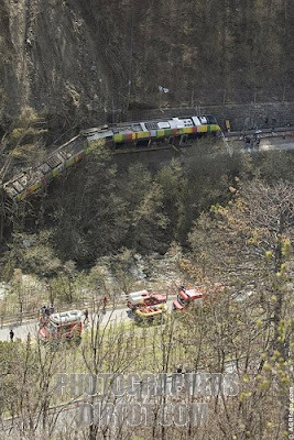 Train crash Northern Italy - image copyright Alex Rowbotham