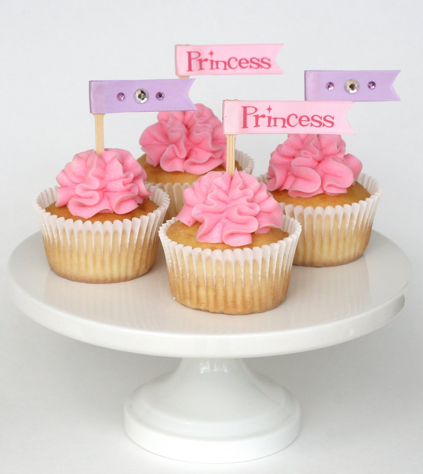 Cake Decorating New Westminster : Pink Ribbon Cupcakes