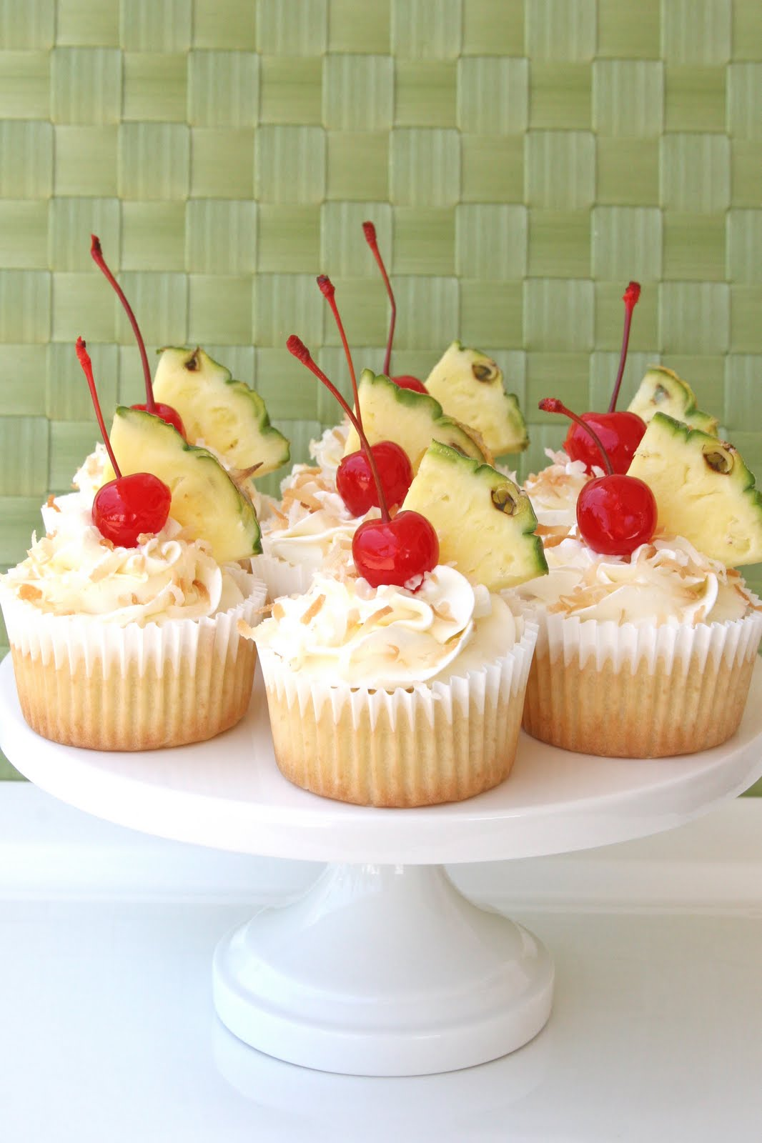 Pina Colada Cupcakes {Recipe} – Glorious Treats