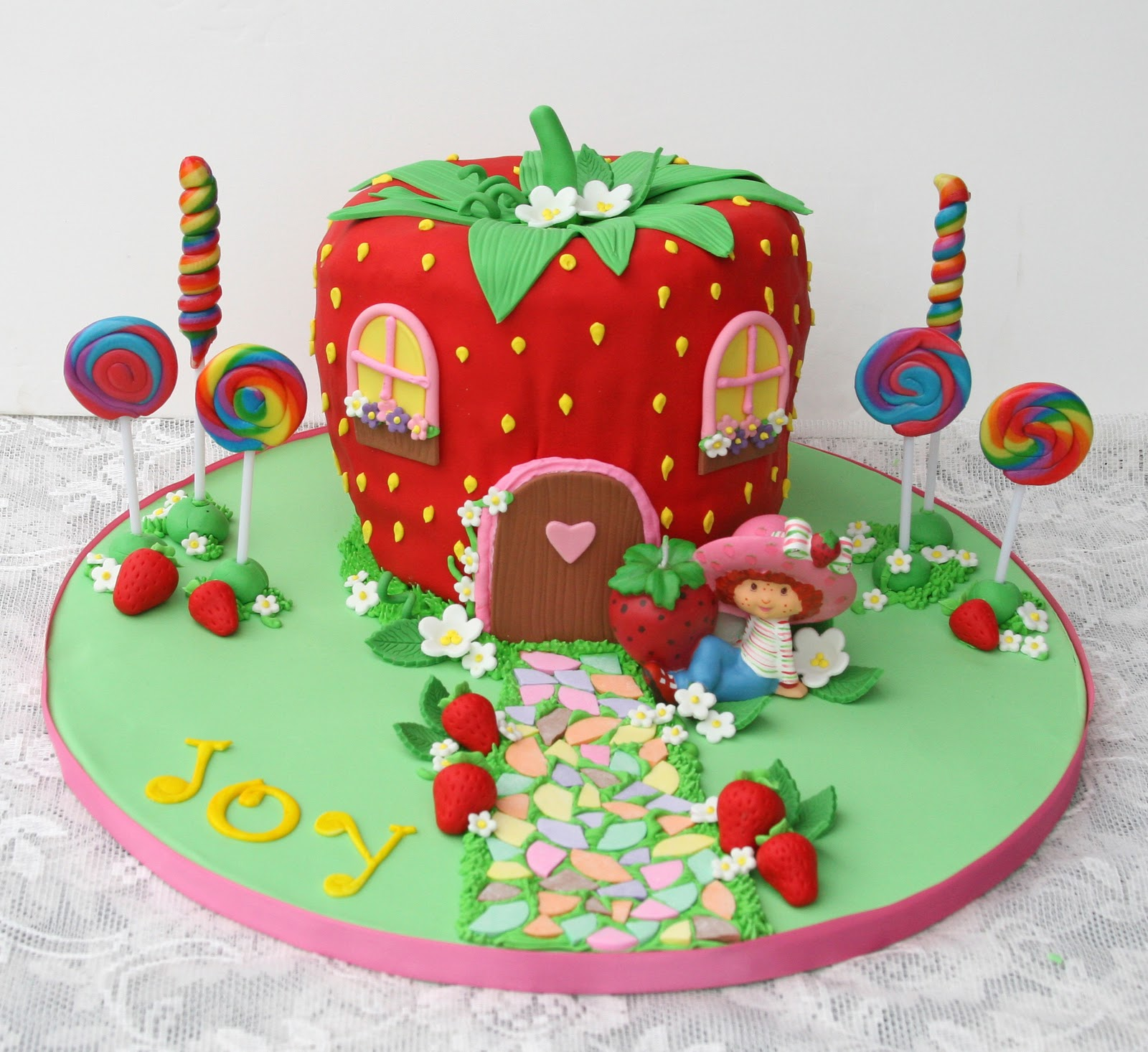 that same year i made a strawberry shortcake themed cake for my ...
