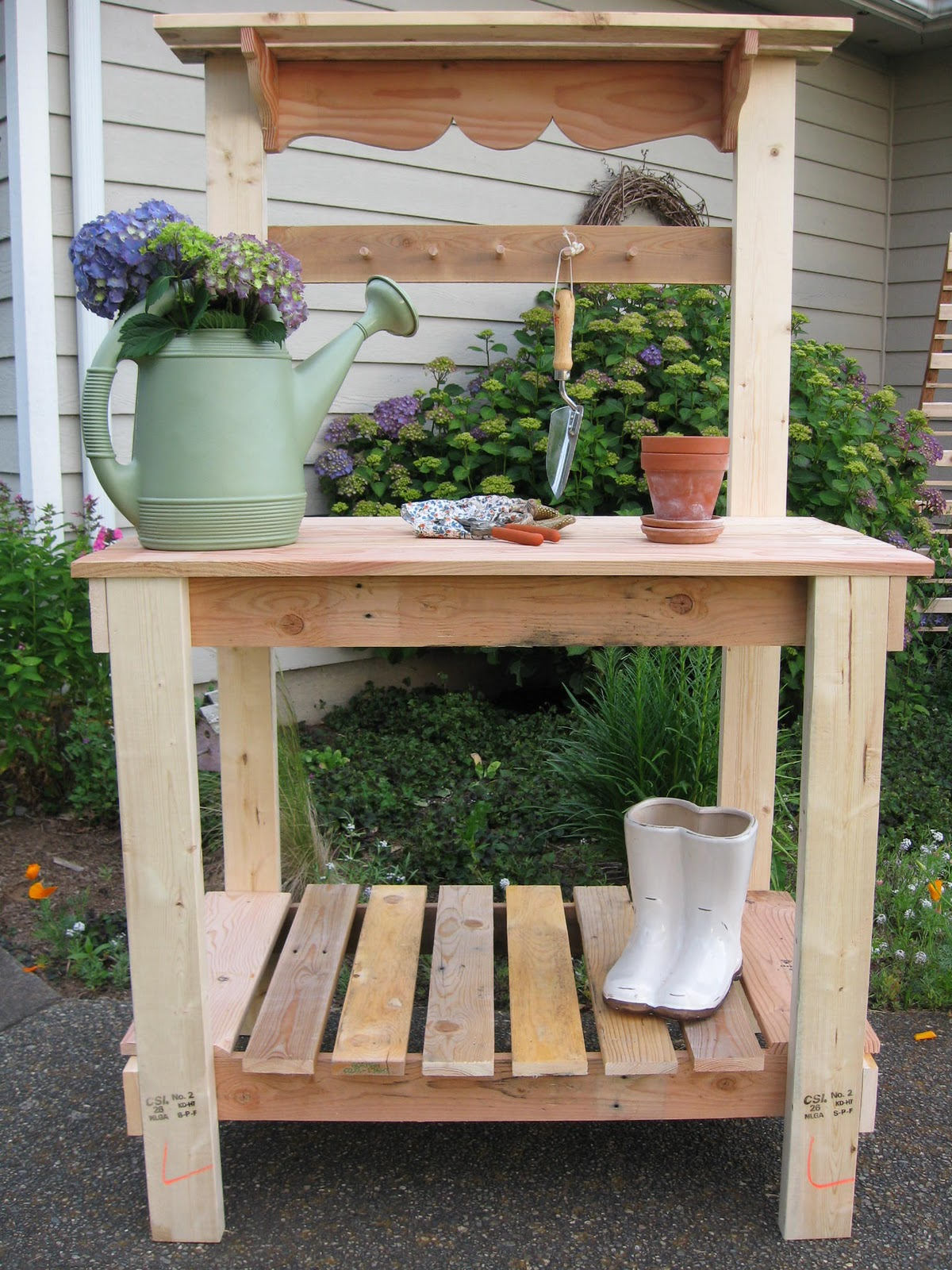 Dream garden woodworks basic potting bench Outdoor potting bench