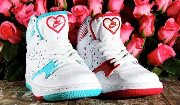 the nike court force high for valentines day 2011 shoes are gorgeous and can make a woman stand out from the rest this lovely new collection shows off - Nike Valentines Day Shoes