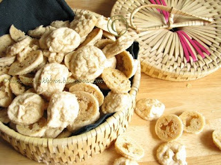 Mung Wadi Or Mungaudi Sun-dried Lentil Drops Recipes — Dishmaps