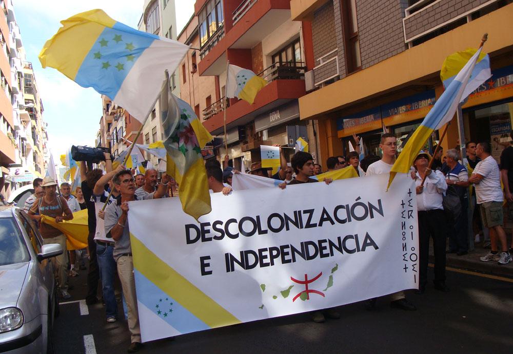 Manifestación para conseguir la Descolonización de Canarias 2009, última colonia española.