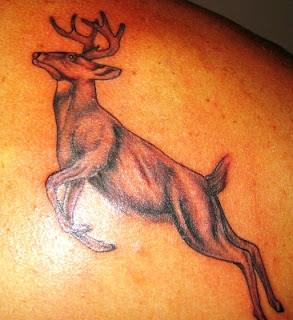 http://allaboutbodyart.blogspot.com/ deer_tattoo_for_men