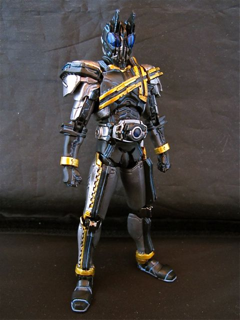 Toy Randomness: SIC Kamen Rider Decade repaint (Dark Decade)