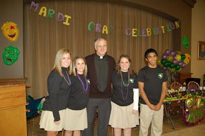 Junior Class Hosts 10th Annual Mardi Gras Prayer Breakfast 1