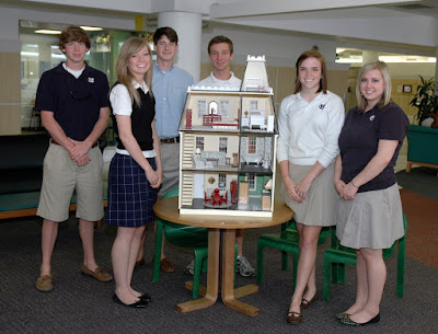 Montgomery Catholic Art Students Donate To Children's Hospital 1