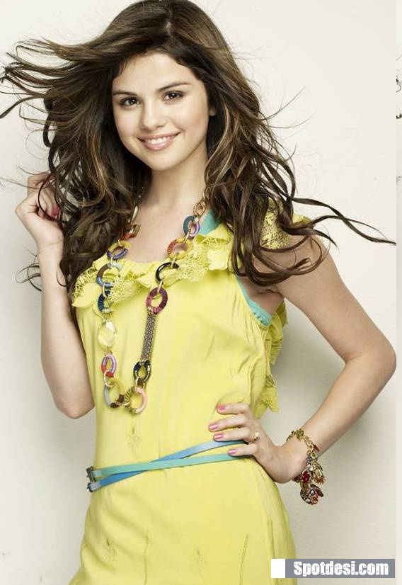 Selena Gomez Cool Cute Photo Gallery