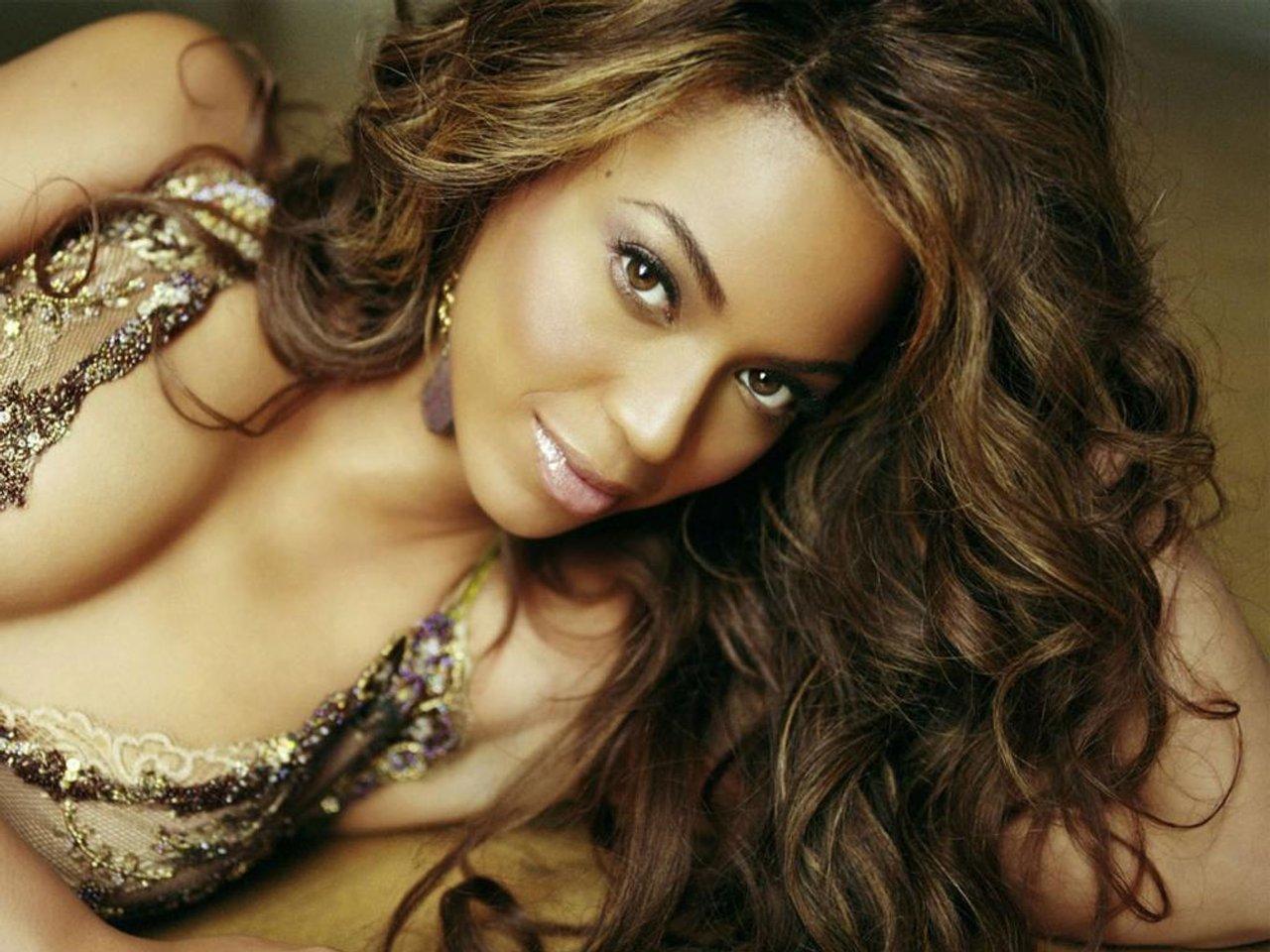 http://2.bp.blogspot.com/_c7Bgflh6dIM/TTmTaHfvBPI/AAAAAAAABIQ/ew4oyW4ogzI/s1600/Beyonce-001.jpg