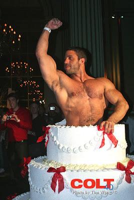 http://2.bp.blogspot.com/_c8896XDM16A/SdIfInrnhyI/AAAAAAAAEgI/Q-6T5QGl5dg/s400/gay-porn-pic-COLT-Carlo-Masi-cake-pic.jpg