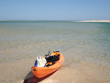 Ria Formosa-small island going to lunch