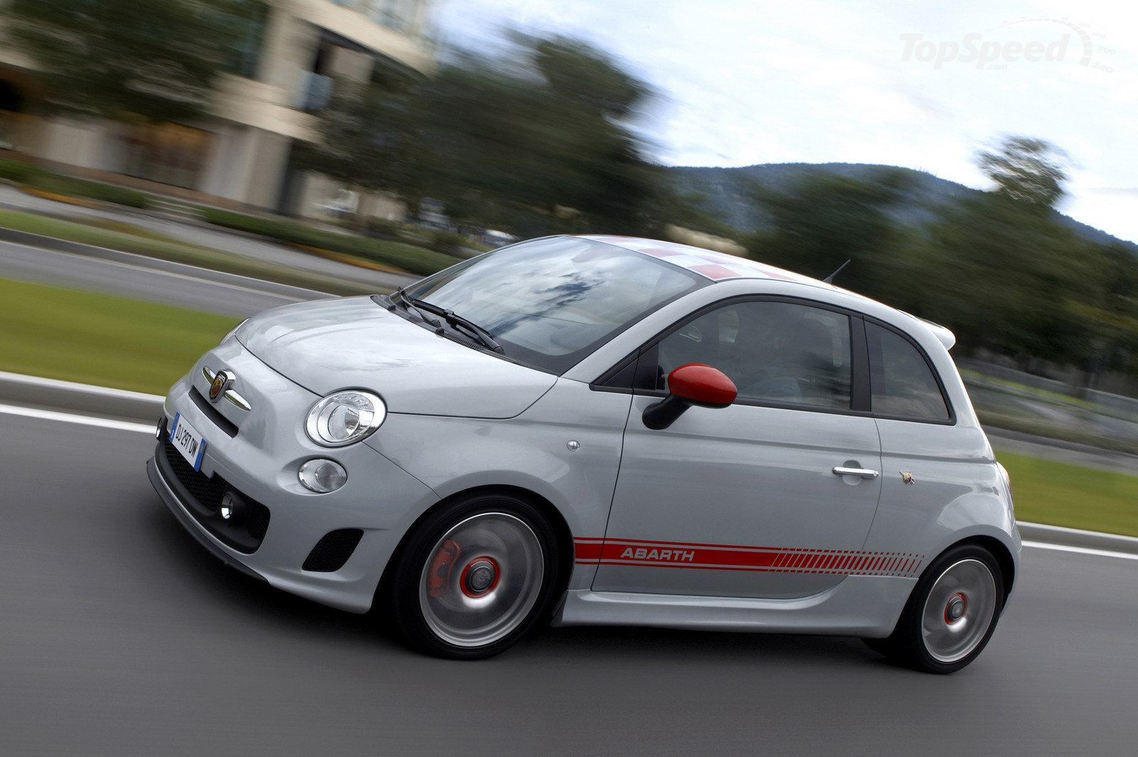 Fiat 500 Abarth Car Wallpaper