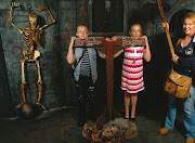 inside of the London Dungeon (ld )