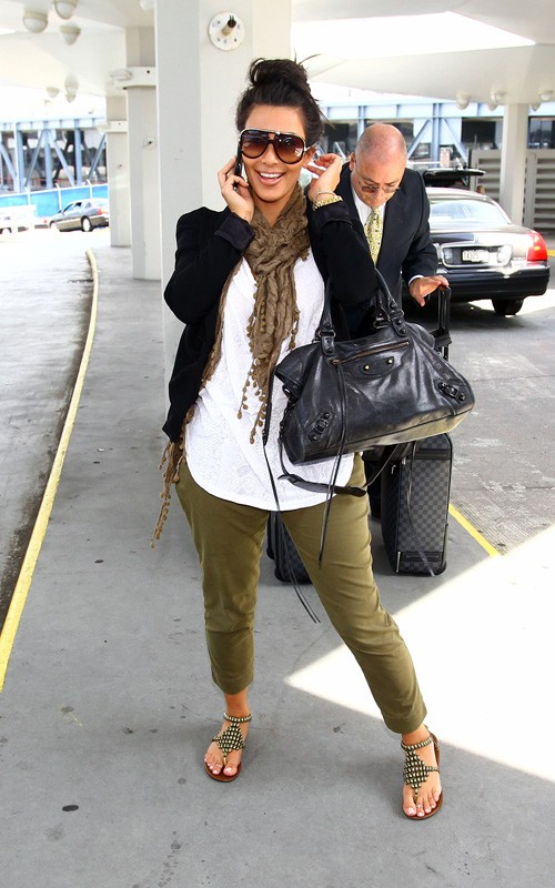 Lalas Fashion Celebrity Fashion Outfit Kim Kardashian At Jfk Airport