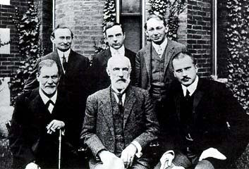 Front Row L to R.. Freud..Hall..Jung