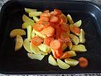 Ciocanele de pui la cuptor Preparare cartofi