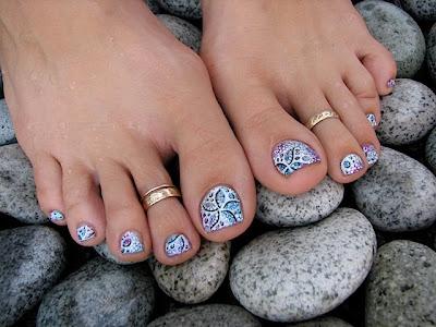 Her redesigned website, Christiesnails.com features tutorials, nails designs