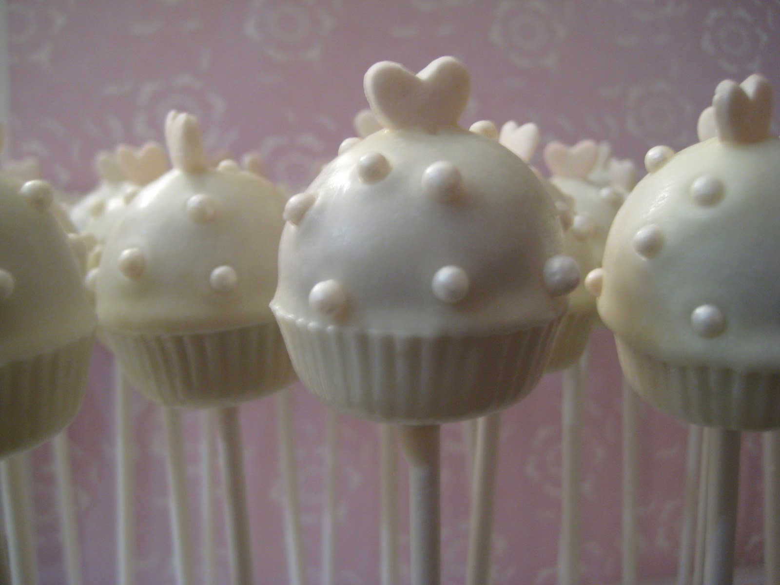 Cake Pop: Cake Pop LA wedding favors!
