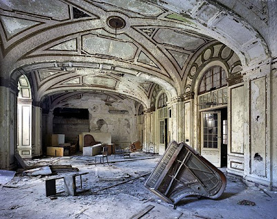 detroit decay photos