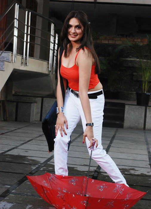adhiti agrawal new test ..... actress pics