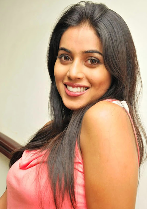 poorna new n glamour  images