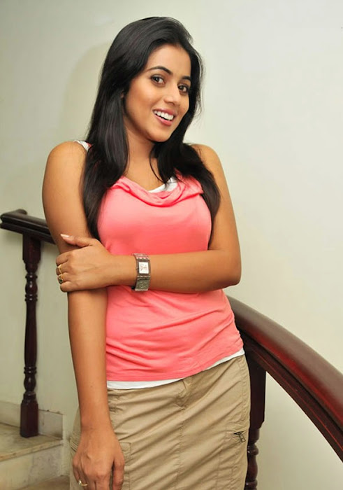 poorna new n photo gallery