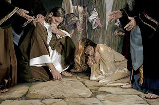 les scribes et les pharisiens accusent la femme adultère et Jésus