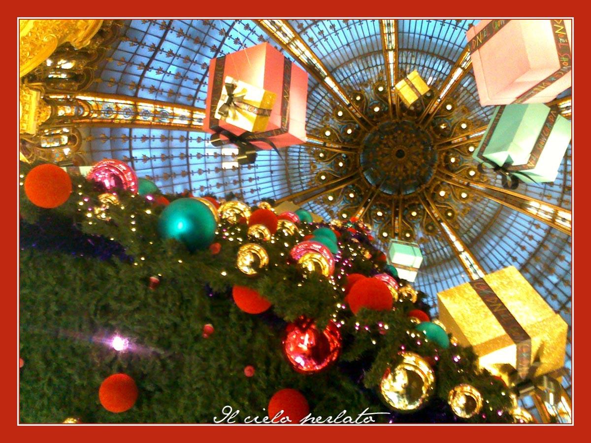 Il cielo perlato preparativi natalizi a parigi - La finestra lafayette ...