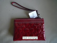 COACH PATENT EMBOSSED WRISTLET 43639