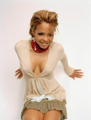 christina milian hot kiss