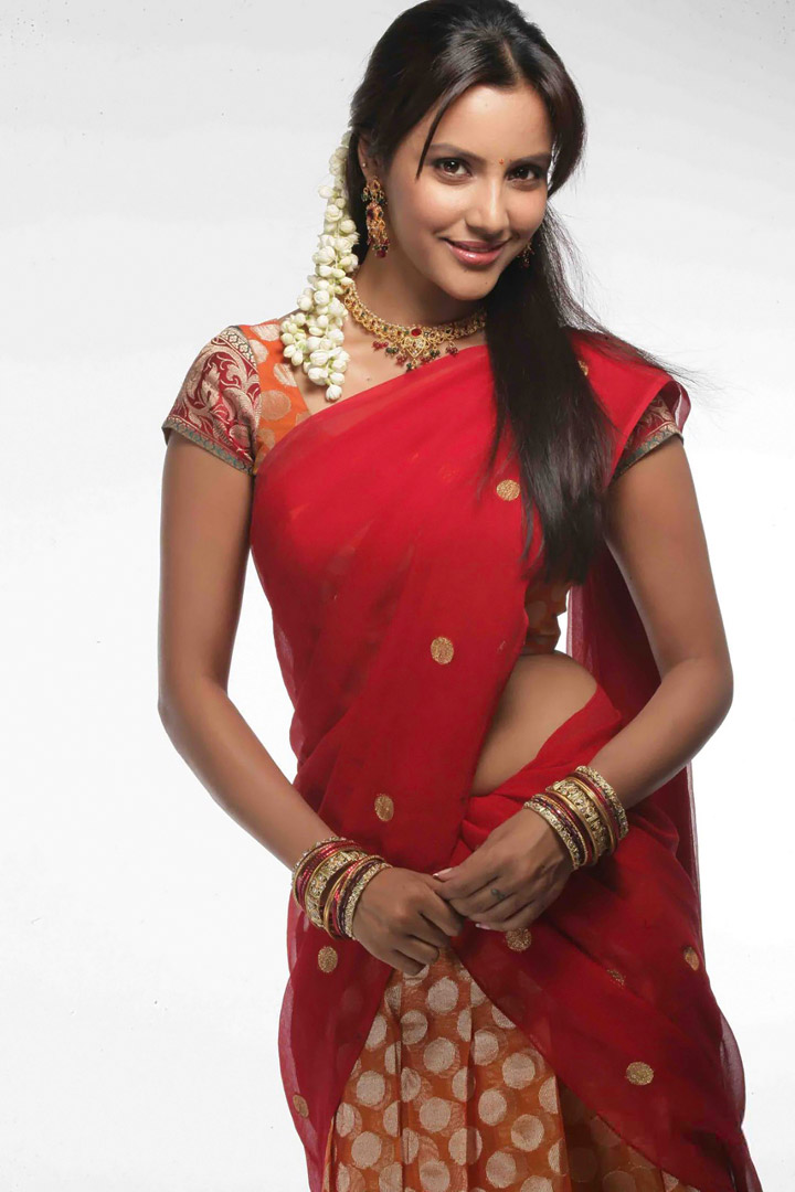 priya anand hot half saree stills telugu free movies online