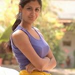 Shreya Dhanwantri in jeans Cute Photo Gallery