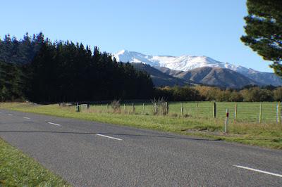 towards mount hutt