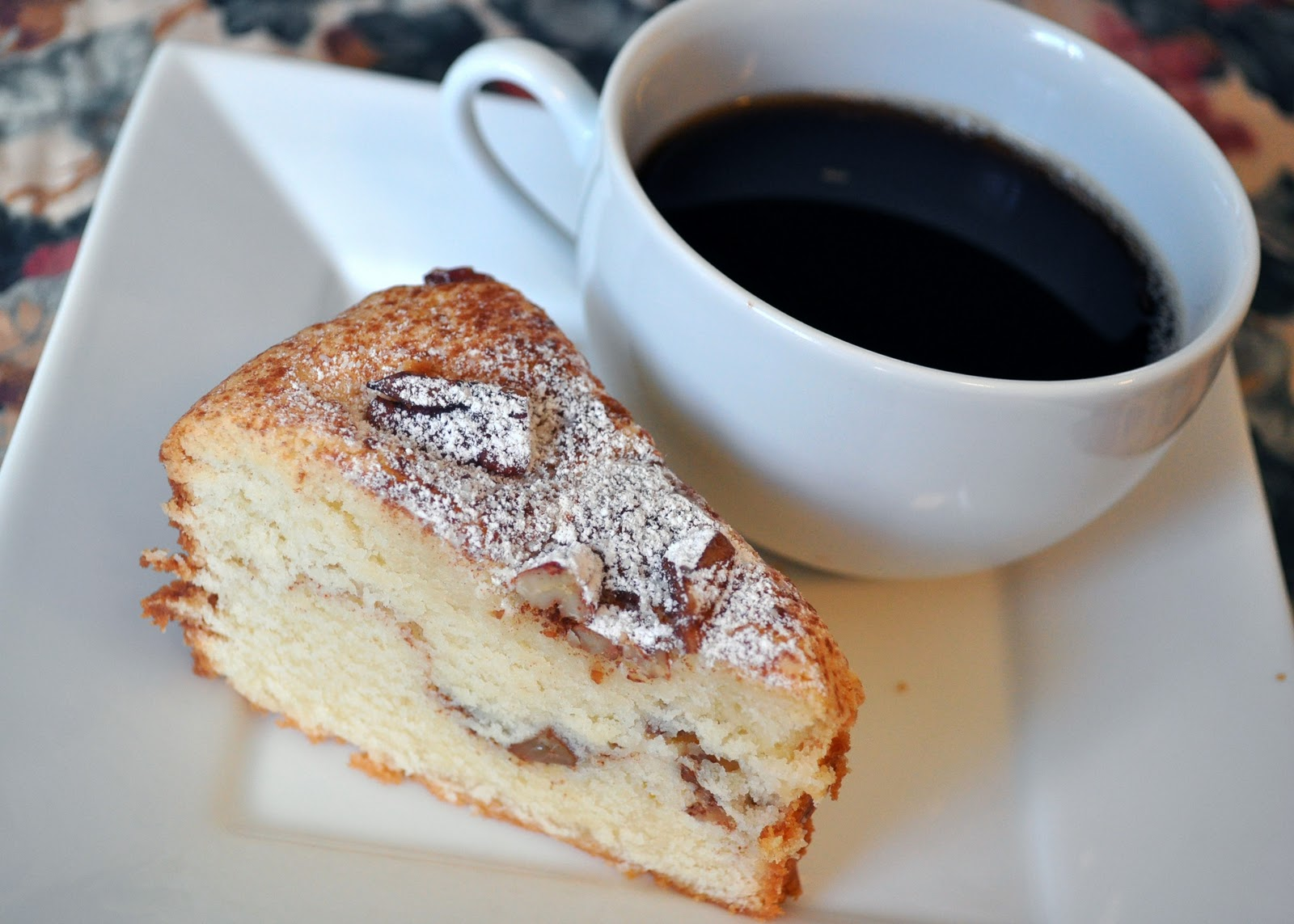 What's Cookin' in Mama Jan's Kitchen?: Sour Cream Coffee Cake Recipe