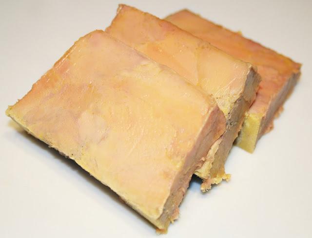 la cuisine de bernard la terrine de foie gras premi re m thode. Black Bedroom Furniture Sets. Home Design Ideas