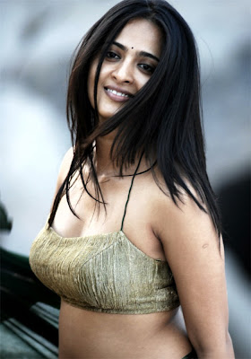 actree anushka sexy stills,  Anushka vettaikaran,  Anushka vettaikaran navel stills