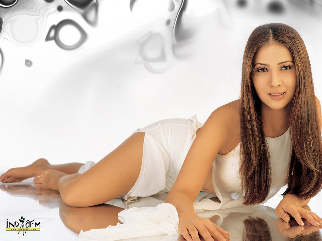 bollywood boom: kim sharma indian father and a japanese mother