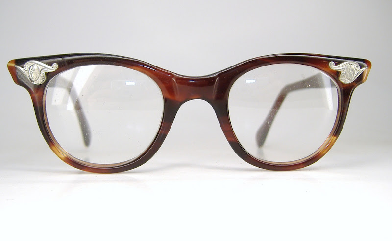 American Optical vintage eyewear - click to enlarge