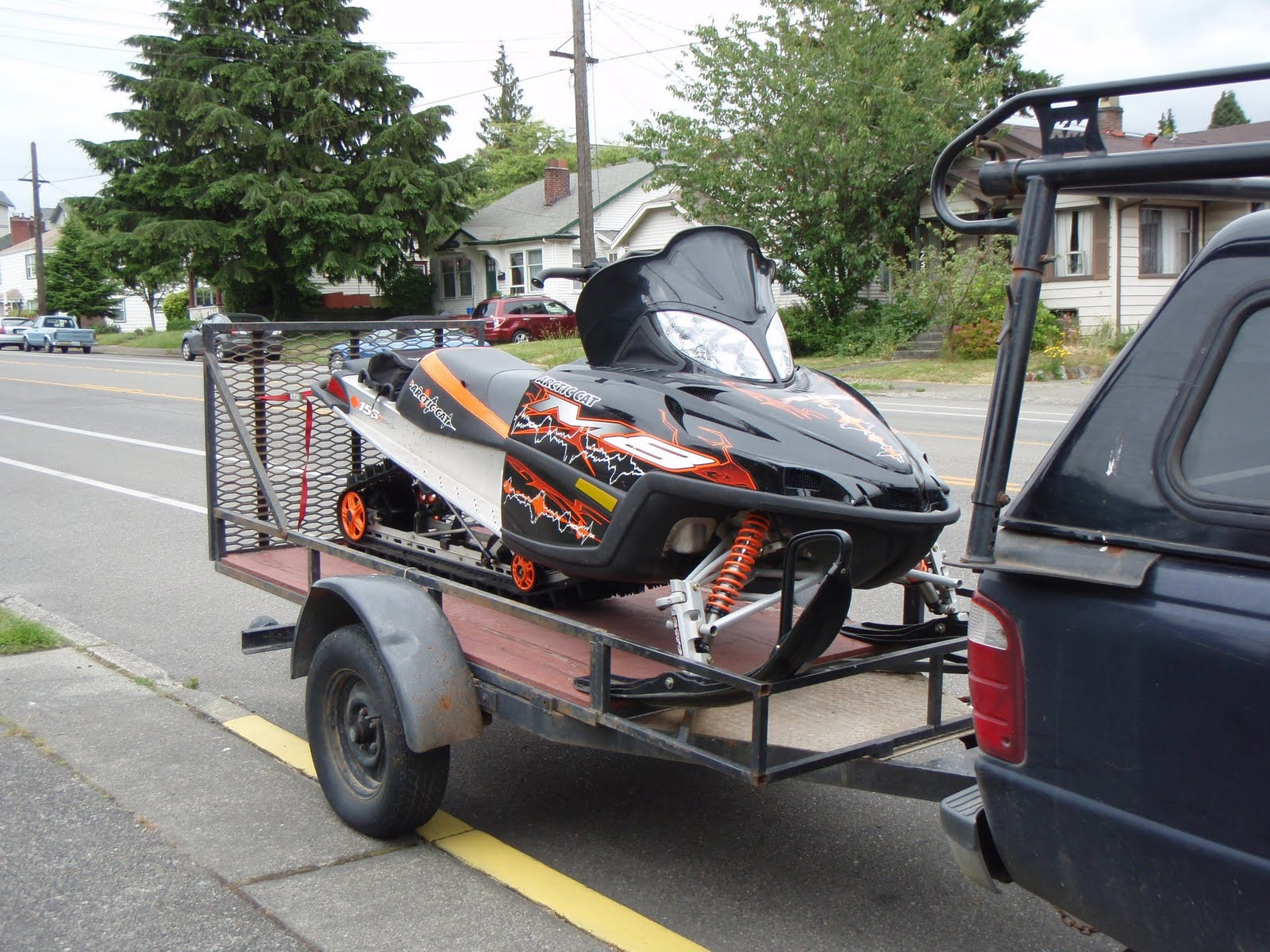 2007 arctic cat M8. planning on keeping the fire chicken (i.e. my old sled) so be nice to me and maybe i'll take ya BRAPPIN sometime. rdrr.