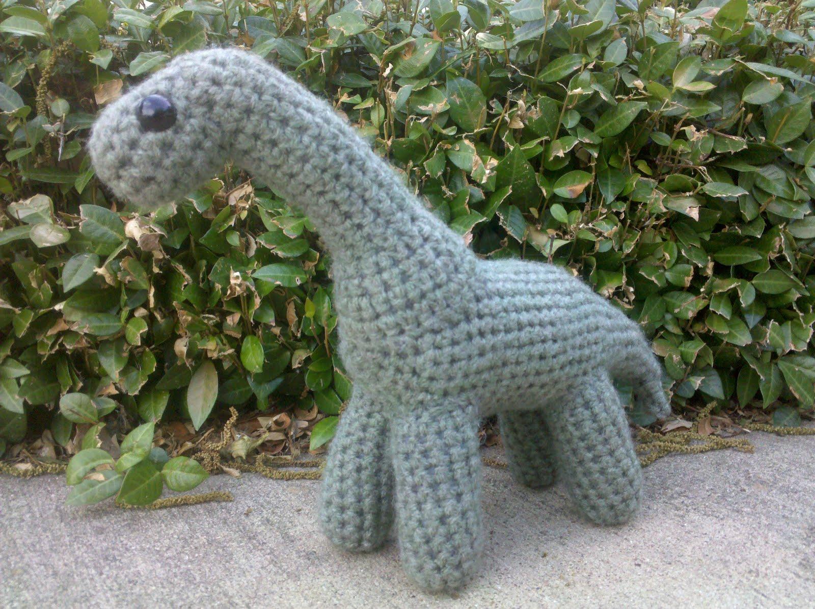 Amigurumi Dinosaur Pattern Free : Knottys Amigurumi: Longneck Dinosaur