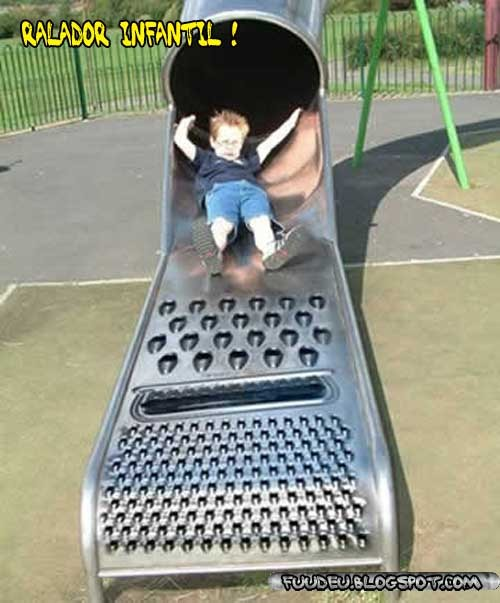 Ralador infantil - criança brincando - fuudeu, fudeu