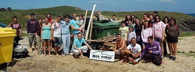 1ª Limpieza Playas y Mi 1ª Ola (12-06-10) video