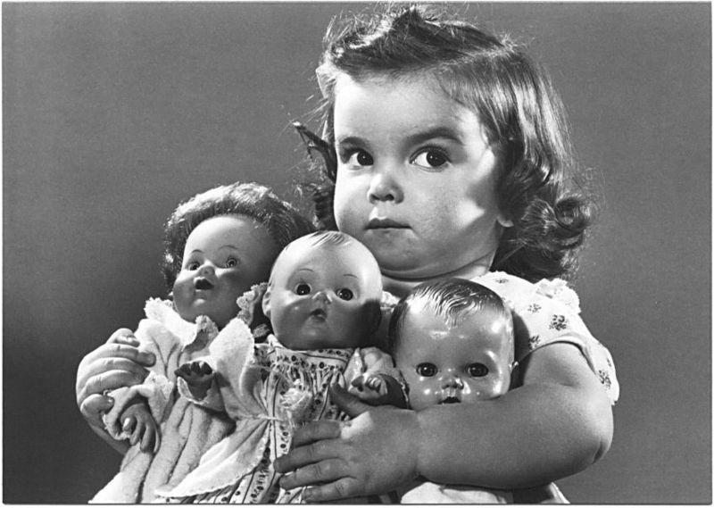 Patrimoine télévisuel Greed+child+dolls