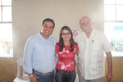 """Este sou eu, minha noiva Thuane e o Rev. Dr. Jayme Kemp no seminario """" Família idéia de Deus"""""""
