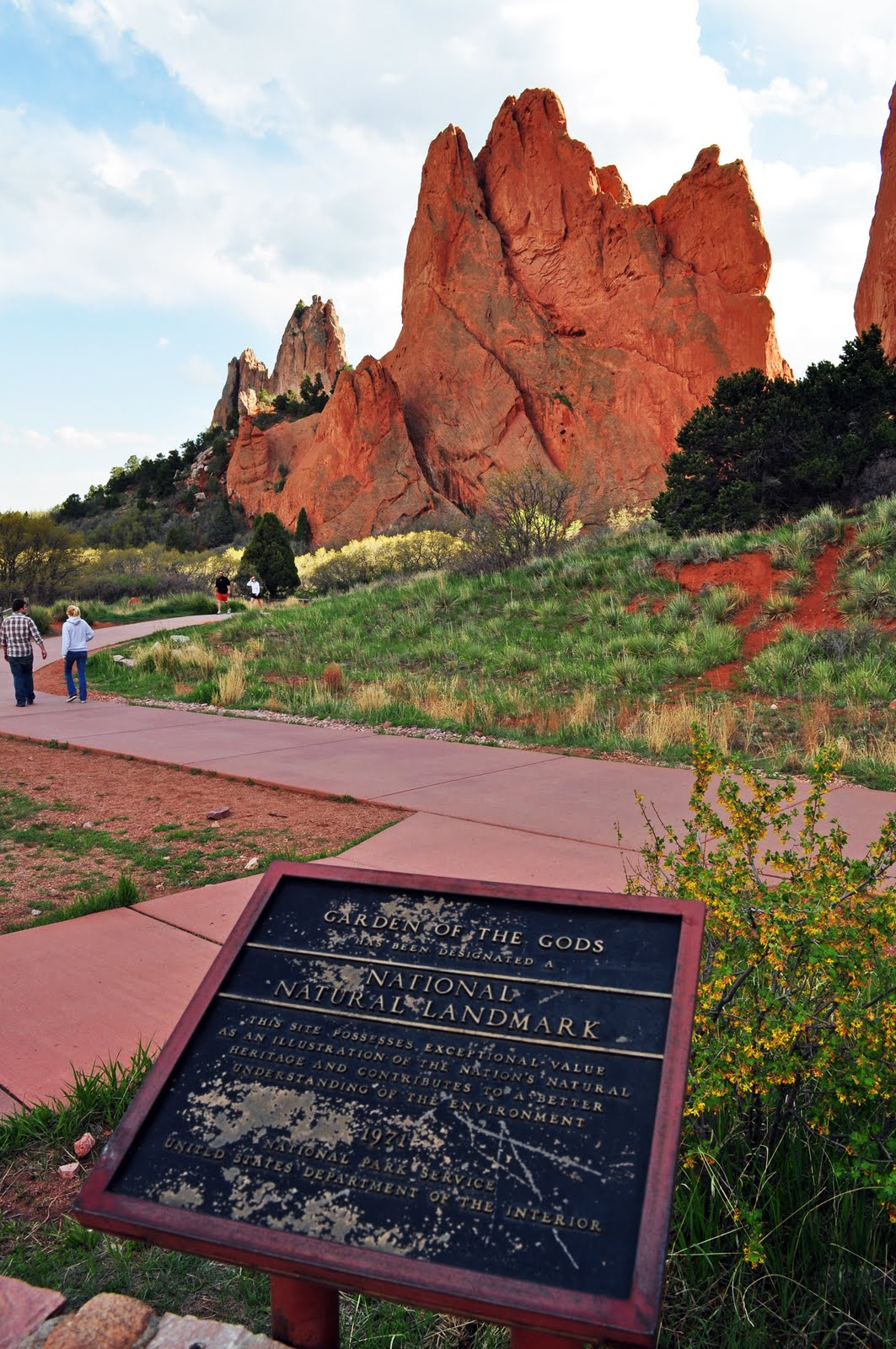 The traveling chronicles of a wanderer hiking colorado garden of the gods for Garden of the gods hiking trails